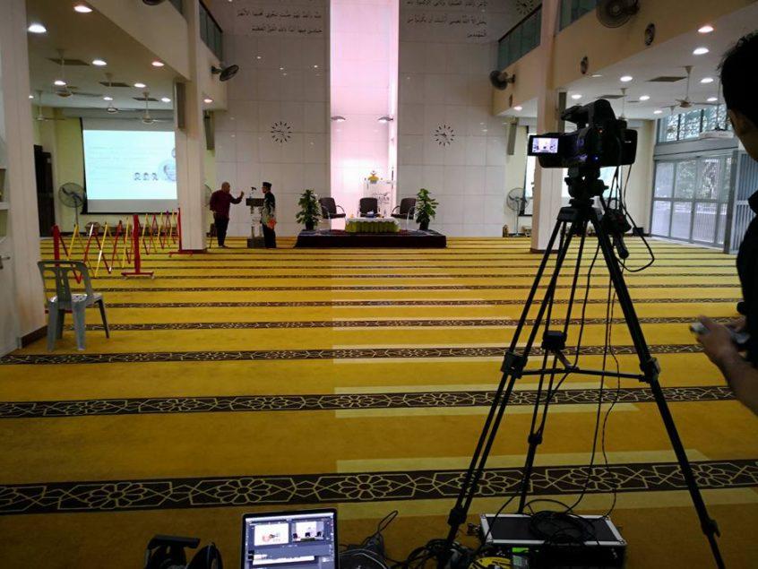 Live at Muhajirin Mosque